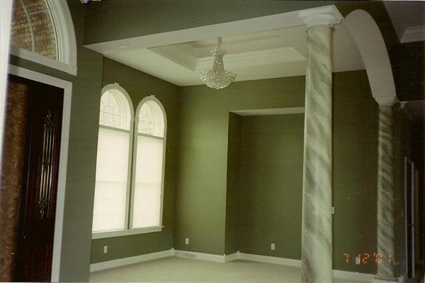 green_marbeled_pillars
